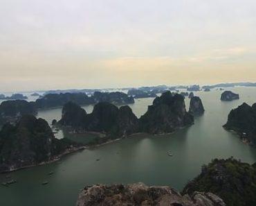 Explore Ha Long Bay - Tourist paradise in Vietnam