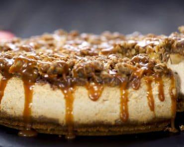How to make Caramel Apple Crisp Cheesecake