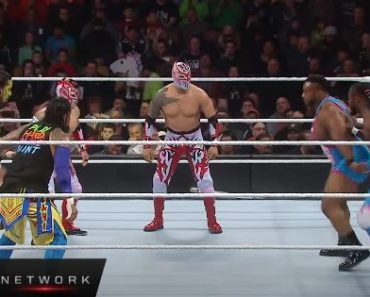 WWE Tag Team Title Triple Threat Ladder Match - WWE TLC 2015