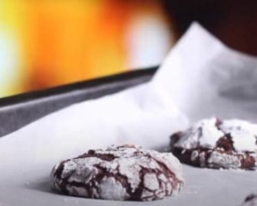 Almond and Chocolate Crinkle Cookies